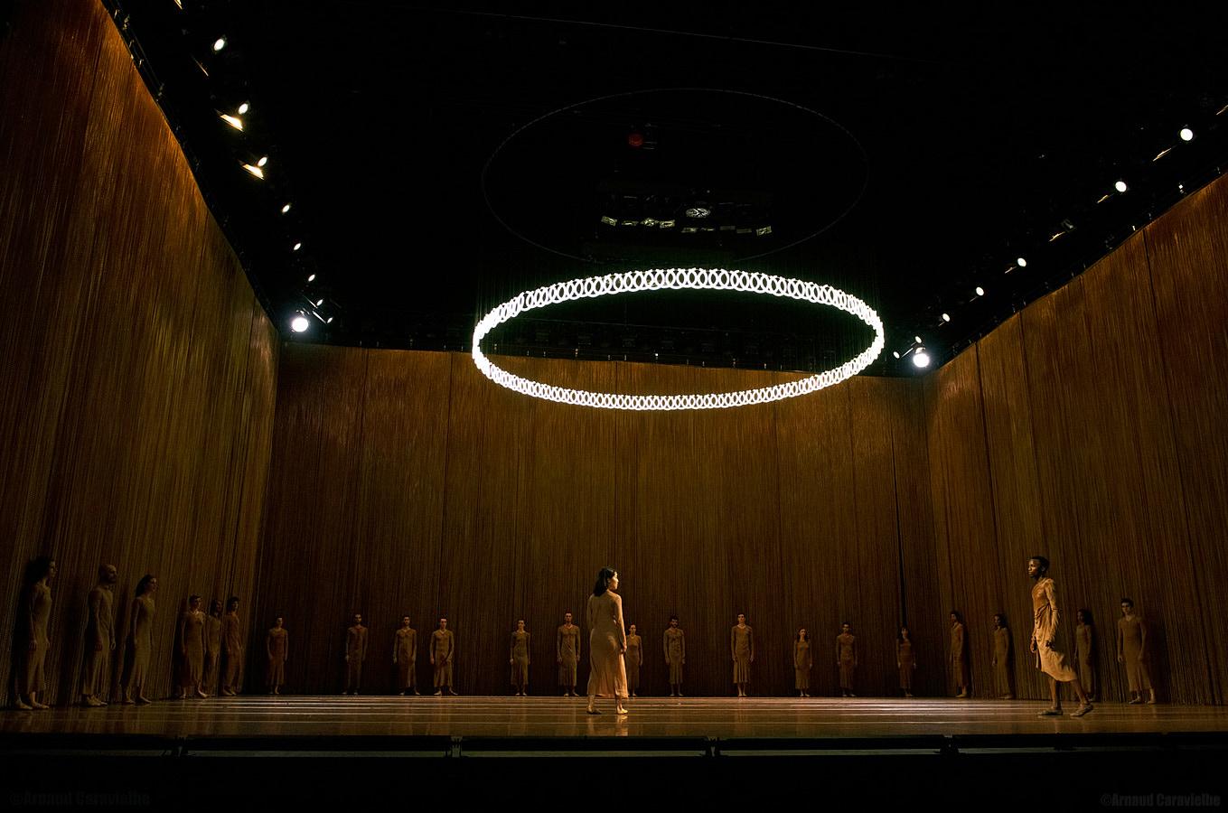 "Ballet National de Marseille et Ickamsterdam, ""Extremalism"" - Festival Montpellier Danse 2015"